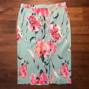 Blush Floral Pencil Skirt w/ POCKETS Sz Medium